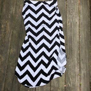 Black and white chevron patterned maxi skirt